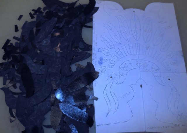 Cutting out the inlay