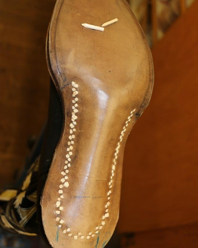 Pegging soles