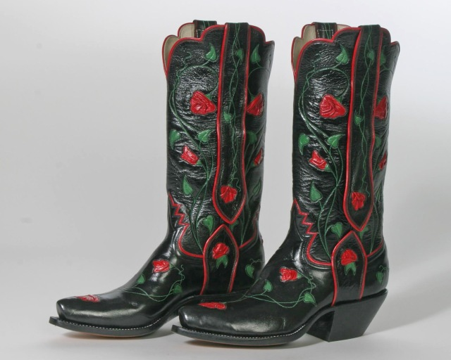 Lisa's boots 005.jpg